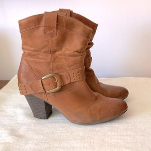 Aldo western style leather booties